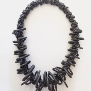 Necklace design in neoprene colore grigio