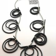 Necklace in neoprene lavorata a mano design