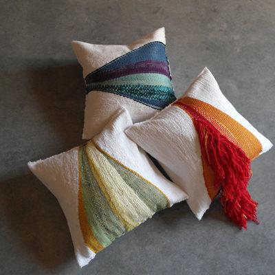 Cuscini tessuti a telaio